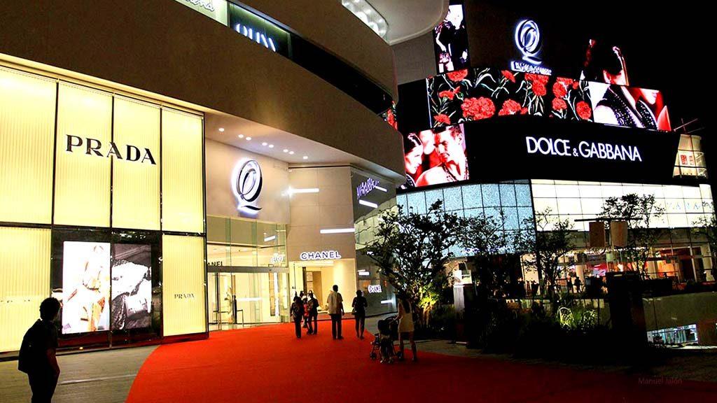 Emporium & Emquartier malls.