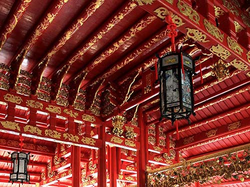 Ceiling detail of the Chinese-style palace.