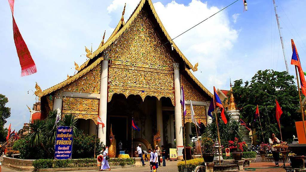 Wat Chedi Luang, Chiang Mai.