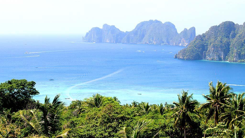 Koh Phi Phi Don bay, Andaman Sea.