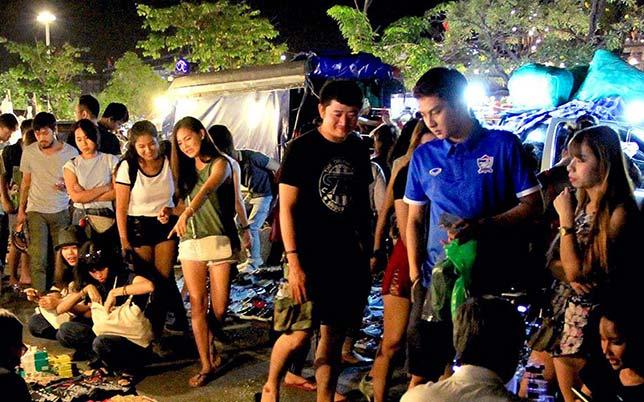 Fashion night market in Bangkok