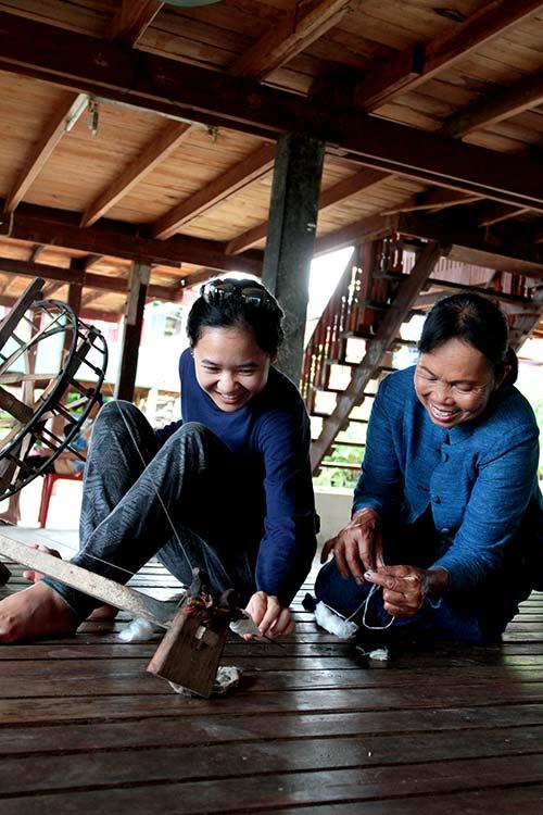 Weaving in home, Sakon Nhakon, Isaan.