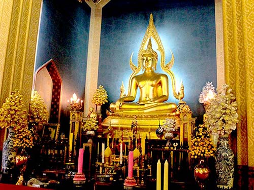 Wat Benchamabophit, the Marble Temple.