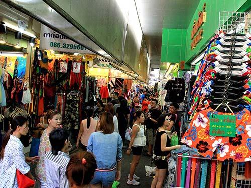 Pratunam Wholesale market
