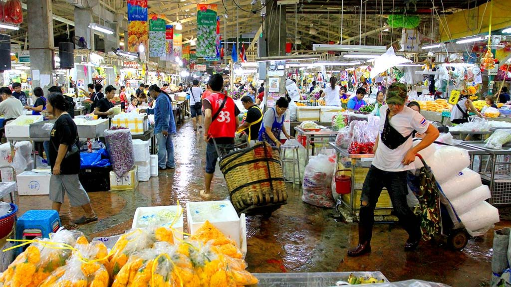 Pak Khlong Talad flower market.