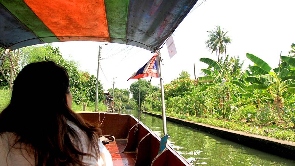 Canal near Lat Mayom floating market