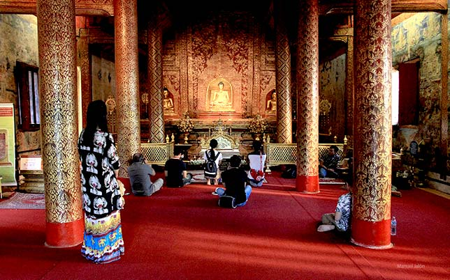 Assembly Hall of the monastery Wat Phra Singh