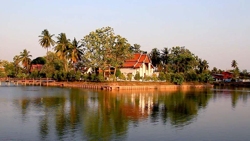 Monastery Traphang Thong, Sukhothai