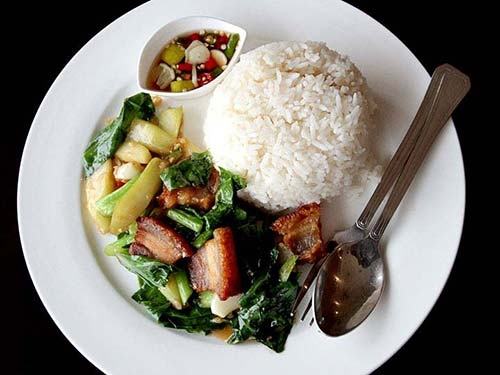 Scalded kale with oyster sauce, bacon and rice.