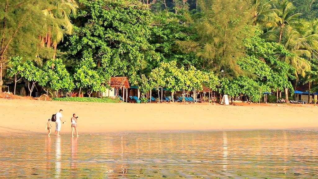Nang Tong Beach, Khao Lak.