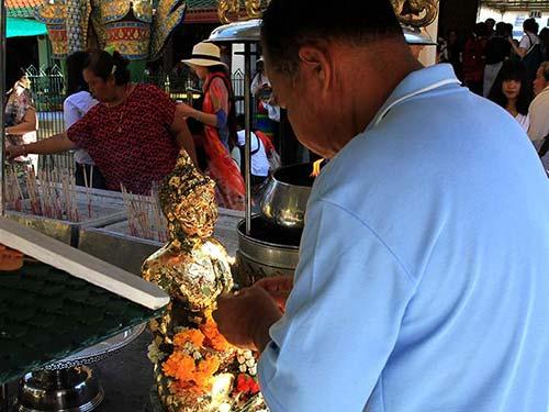 Shrine next to the Wat Phra Kaew.